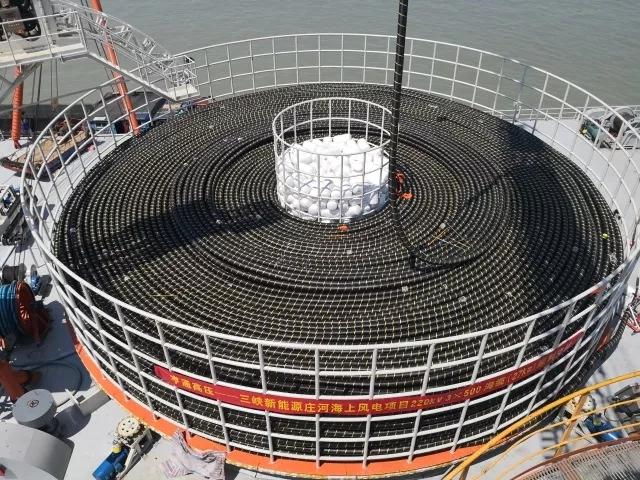 继连续创下500kv,220kv单芯交联聚乙烯海底电缆世界